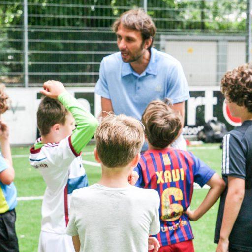 Athletiktraining im wöchentlichen Kursprogramm, für alle Altersklassen, bei Heldenmacher von Alex Kuhnert